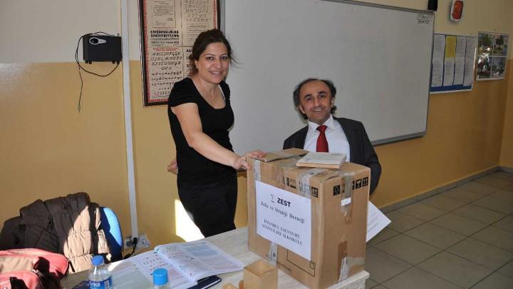 İstanbul Esenyurt Altınyıldız İlkokulu Kitap Bağışı