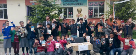 Isparta Yalvaç Çamharman Ortaokulu Kitap Bağışı