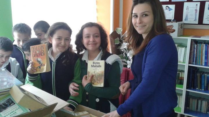 Kastamonu Tosya Fatih Ortaokulu Kitap Bağışı