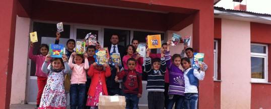 Erzurum Pasinler Taşkaynak Köyü Ortaokulu Kitap Bağışı