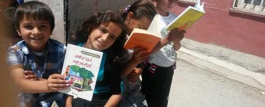 Hakkari Yüksekova 5 Mayıs Ortaokulu Kitap Bağışı