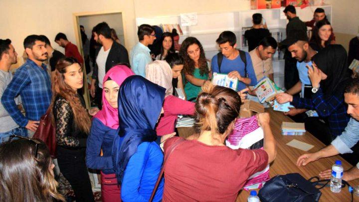 Harran Üniversitesi, Birecik, Şanlıurfa, Urfa, Birecik Meslek Yüksekokulu, Halkla İlişkiler ve Tanıtım, Kitap Bağışı, ZEST, Bağış, Bağış yapmak, Zeka ve Strateji Derneği,